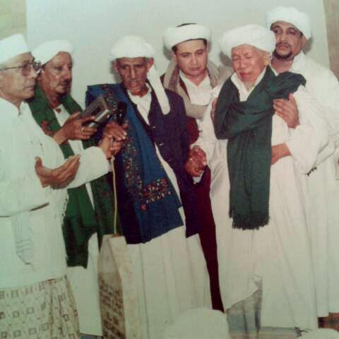 HB Muhammad bin Ali AlHabsyi yg memeganginya adalah AlUstad HB Muhammad bin Husein AlAthos,HB Novel bin Jindan,HB Abdulloh Assyami AlAthos,HB Syeh bin Abubakar Assegaf,HB Muhammadil Bagir AlAthos 1992