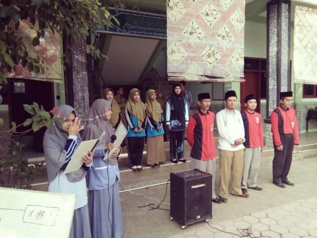 SMA Unggulan Hafshawaty Genggong menggelar kegiatan class meeting