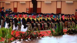 250 wisudawan-wisudawati itu berasal dari Sekolah Tinggi Ilmu Kesehatan (Stikes), Akademi Kebidanan (Akbid) dan Akademi Keperawatan (Akper) tahun akademik 2015-2016